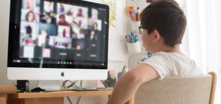 アメリカベイエリアの休校によるオンライン学習事例